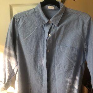 Sunday's best. Aritzia button up shirt